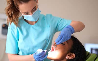 Curso de <b>Auxiliar de Odontología Aula Virtual</b>