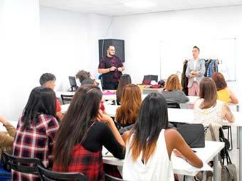 Los docentes de la Escuela de Hostelería Aranda Formación participan como jurado en el casting de Masterchef 6Jesús Reyes & Aranda Formación presentan nuevo curso de Personal Shopper